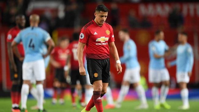 Top 5 bản hợp đồng thảm hại nhất trong sự nghiệp của HLV Mourinho - Ảnh 4.
