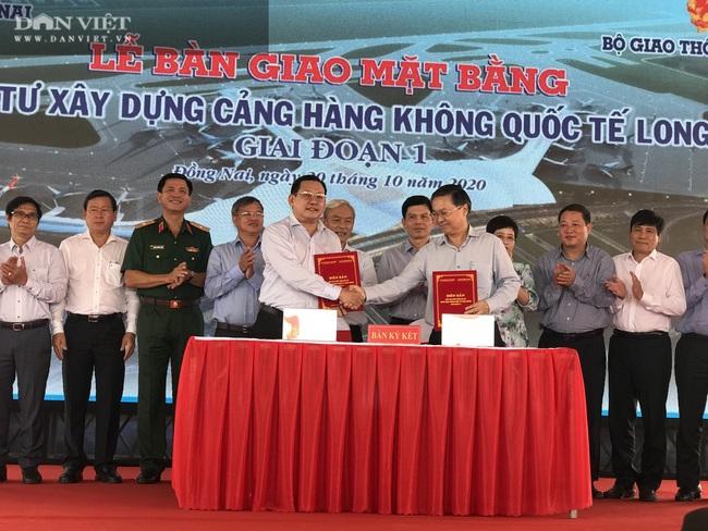 Đồng Nai bàn giao hơn 1.800 ha đất xây dựng sân bay Long Thành vượt kế hoạch - Ảnh 1.