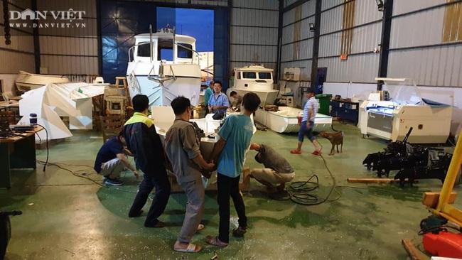 Một doanh nghiệp ở tỉnh Bà Rịa – Vũng Tàu cứu trợ đồng bào miền Trung bị lũ lụt bằng… xuồng PPC - Ảnh 2.