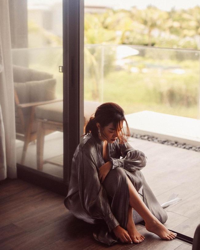 Hồ Ngọc Hà khoe món quà ngọt ngào từ Kim Lý, Minh Hằng thở ngắn than dài - Ảnh 8.