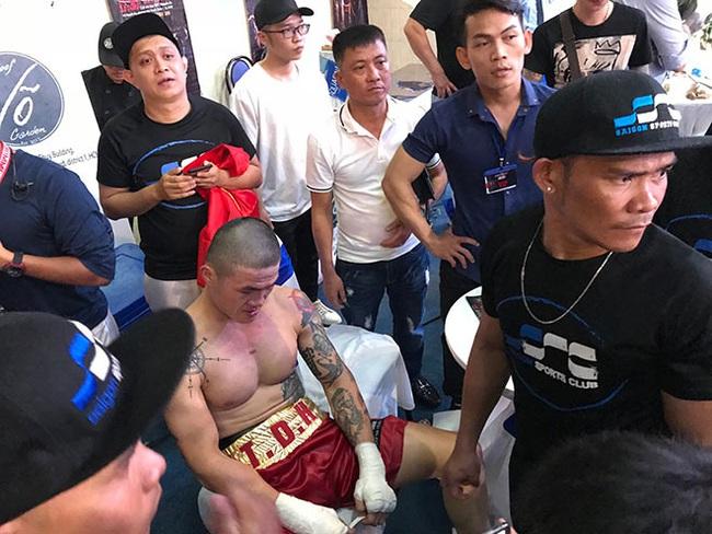 Clip: Trương Đình Hoàng nói gì khi bị xử thua ở trận boxing 400 triệu đồng? - Ảnh 1.