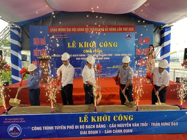 Khởi công tuyến phố đi bộ Bạch Đằng-cầu Nguyễn Văn Trỗi chào mừng Đại hội Đảng bộ Đà Nẵng - Ảnh 1.