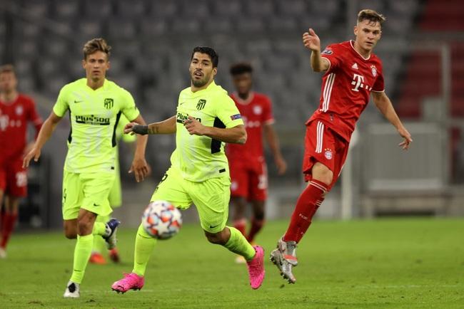 Suarez mờ nhạt trên sân của Bayern Munich
