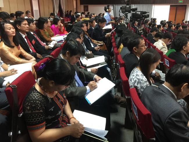 Công bố danh sách 50 người trúng cử Ban Chấp hành Đảng bộ tỉnh TT-Huế khóa XVI  - Ảnh 2.