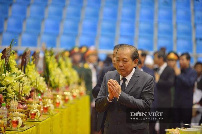 Lễ viếng, truy điệu 22 liệt sĩ Đoàn 337 hy sinh do sạt lở tại Quảng Trị  - Ảnh 7.