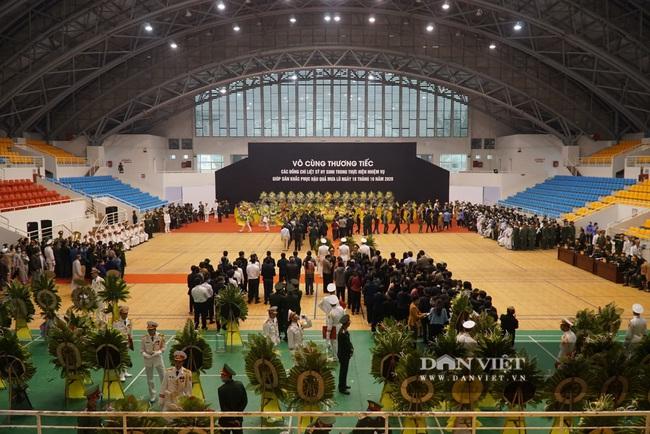 Lễ viếng, truy điệu 22 liệt sĩ Đoàn 337 hy sinh do sạt lở tại Quảng Trị  - Ảnh 3.