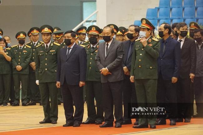 Lễ viếng, truy điệu 22 liệt sĩ Đoàn 337 hy sinh do sạt lở tại Quảng Trị  - Ảnh 1.