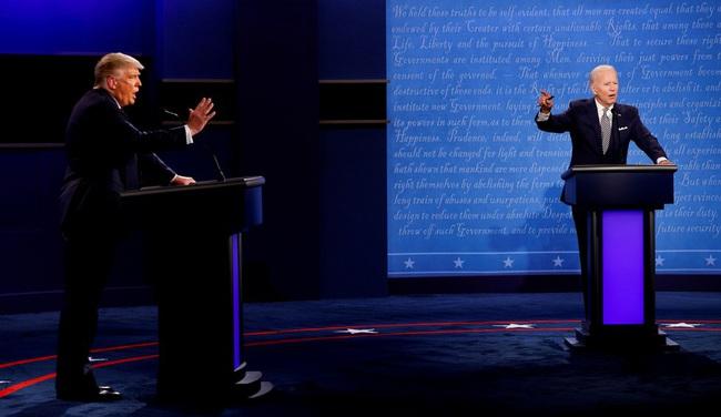 """Trực tiếp Trump-Biden xuất trận """"đấu khẩu"""" dữ dội trong cuộc tranh luận cuối cùng - Ảnh 3."""