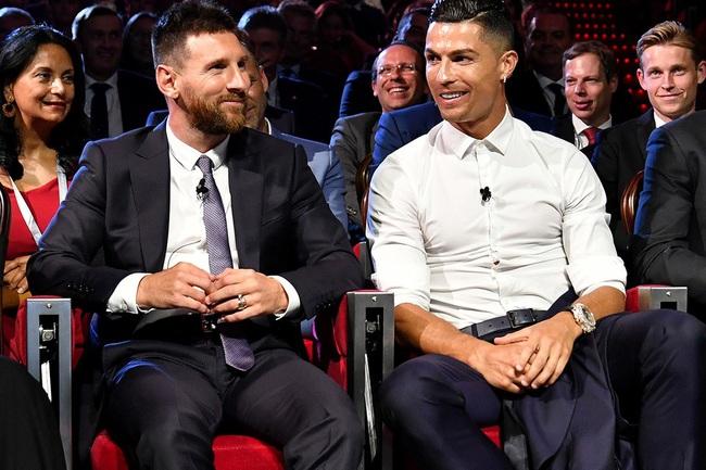 Ronaldo và Messi khá thân thiện bên ngoài sân cỏ