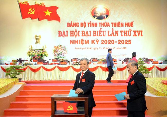 Ông Lê Trường Lưu tái đắc cử Bí thư Tỉnh ủy Thừa Thiên Huế với số phiếu tuyệt đối  - Ảnh 2.