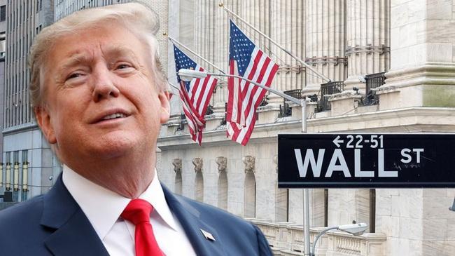Trump: Thị trường chứng khoán sẽ sụp đổ nếu Joe Biden đắc cử - Ảnh 1.