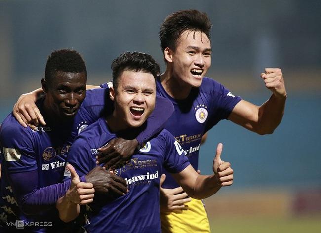 Quang Hải ăn mừng bàn thắng giúp Hà Nội FC đá bại B.Bình Dương 2-1. Ảnh: Lâm Thỏa