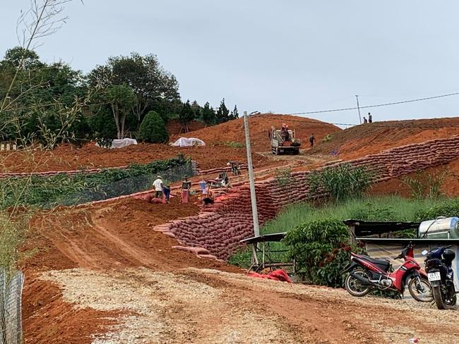 Vụ 54 căn nhà trái phép trên đất lâm nghiệp: Lâm Đồng chỉ đạo khẩn - Ảnh 3.
