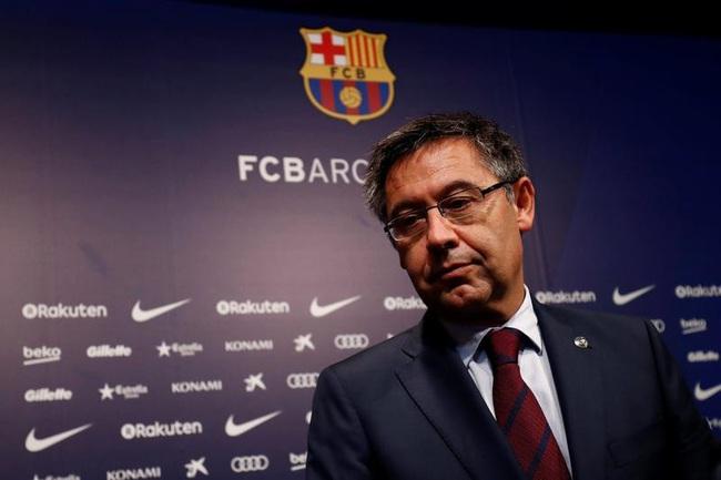 NÓNG: Bartomeu từ chức chủ tịch Barca - Ảnh 1.