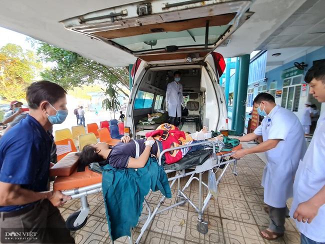 Video: Huy động tất cả nguồn lực để cứu người còn sống trong vụ sạt lở ở Nam Trà My - Ảnh 3.