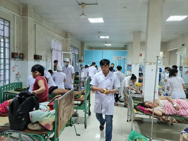 Cập nhật vụ sạt lở vùi lấp hơn 50 người ở Quảng Nam: Cứu sống được 33 người  - Ảnh 2.