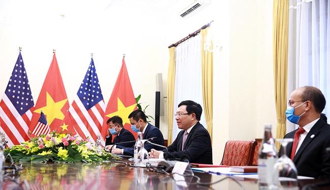 CHÙM ẢNH: Phó Thủ tướng, Bộ trưởng Bộ Ngoại giao Phạm Bình Minh đón, hội đàm Ngoại trưởng Hoa Kỳ - Ảnh 3.