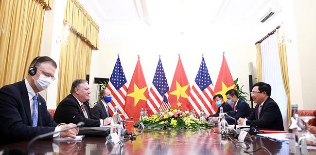 CHÙM ẢNH: Phó Thủ tướng, Bộ trưởng Bộ Ngoại giao Phạm Bình Minh đón, hội đàm Ngoại trưởng Hoa Kỳ - Ảnh 4.