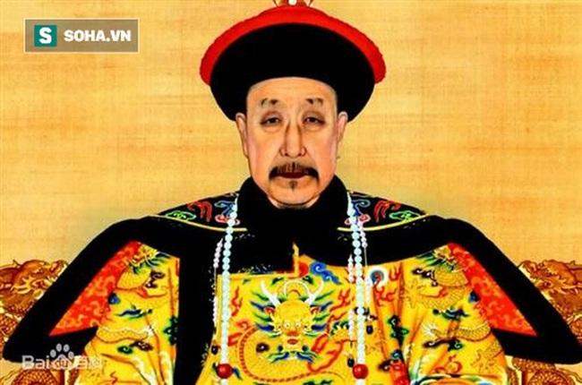 Vì sao lần đầu nhìn thấy Càn Long, hoàng đế Khang Hy lại kinh ngạc đến mức phải đặt chén rượu trên tay xuống? - Ảnh 1.