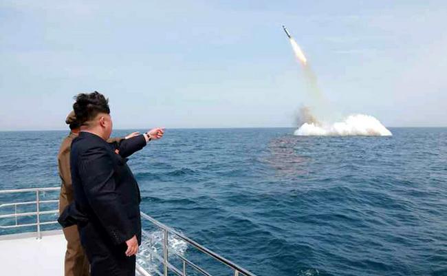 Triều Tiên hiện có trong tay bao nhiêu đầu đạn hạt nhân? - Ảnh 8.
