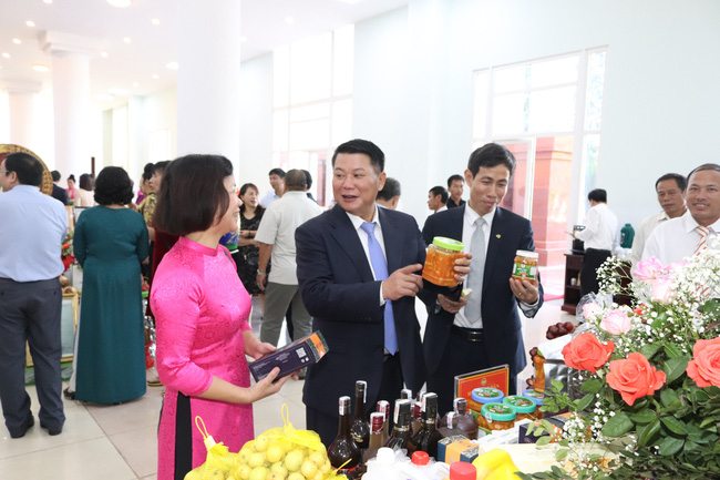 Sơn La kỷ niệm 90 năm ngày thành lập Hội Nông dân Việt Nam - Ảnh 6.