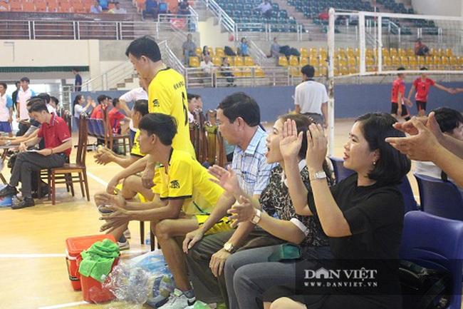 Hà Tĩnh: Sôi nổi phong trào thể thao chào mừng 90 năm ngày thành lập Hội Nông dân - Ảnh 8.
