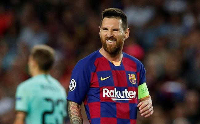 Barca khủng hoảng tài chính, Messi có thêm... may mắn để ra đi - Ảnh 1.
