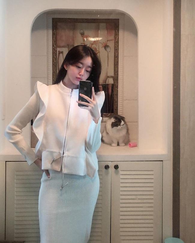 Nữ HLV gym người Hàn Quốc xinh như thiên thần - Ảnh 4.