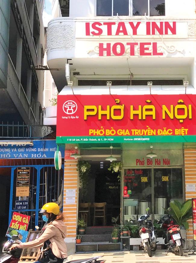 Nhà hàng, khách sạn... Mở kiểu nào cũng khó - Ảnh 1.