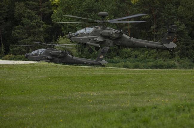 Ngỡ ngàng xe tăng Nga, Mỹ cùng xuất hiện trên một chiến trường - Ảnh 7.