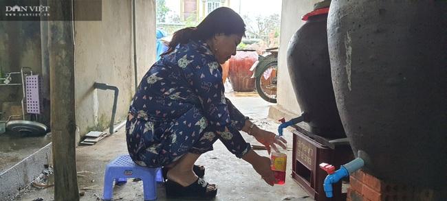 """Quảng Nam: """"Con đẻ"""" của làng nghề nước mắm truyền thống Cửa Khe đổi đời nhờ lưu giữ vị ngọt của biển - Ảnh 3."""