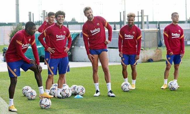 Barca đối diện nguy cơ phá sản.