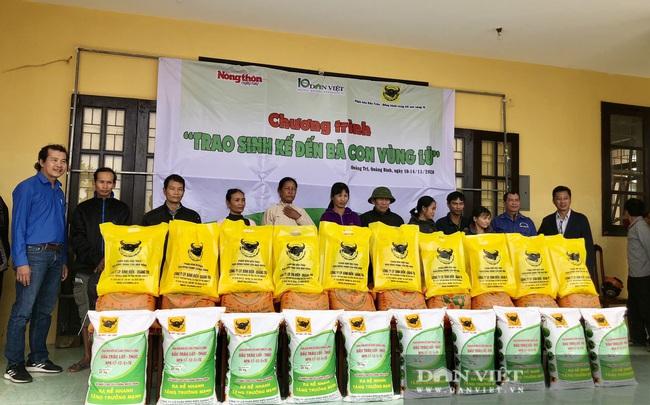 """Báo NTNN/Dân Việt hỗ trợ lúa giống, phân bón giúp bà con """"rốn"""" lũ Lệ Thủy (Quảng Bình) khôi phục sản xuất - Ảnh 5."""
