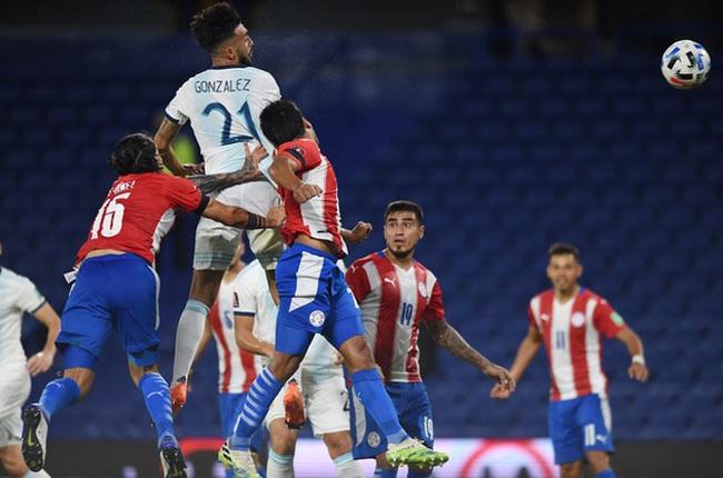 """VAR """"cản phá"""" Messi, Argentina bị Paraguay cầm hòa - Ảnh 1."""