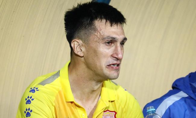 """""""Tượng đài V.League"""" bị chủ tịch Đà Nẵng coi thường - Ảnh 1."""