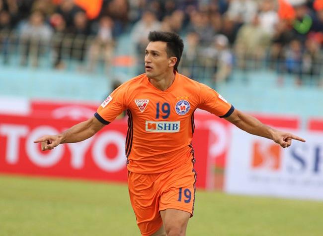 """""""Tượng đài V.League"""" bị chủ tịch Đà Nẵng coi thường - Ảnh 2."""