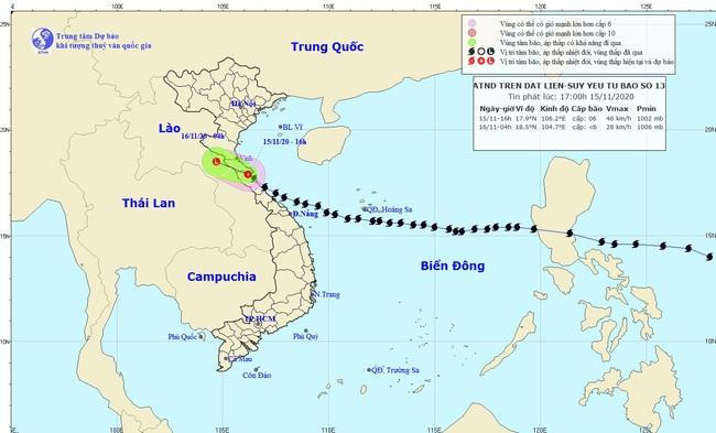 Tin mới nhất về bão số 13: Bão đã suy yếu thành áp thấp nhiệt đới, 17 người bị thương khi chằng chống nhà cửa - Ảnh 1.