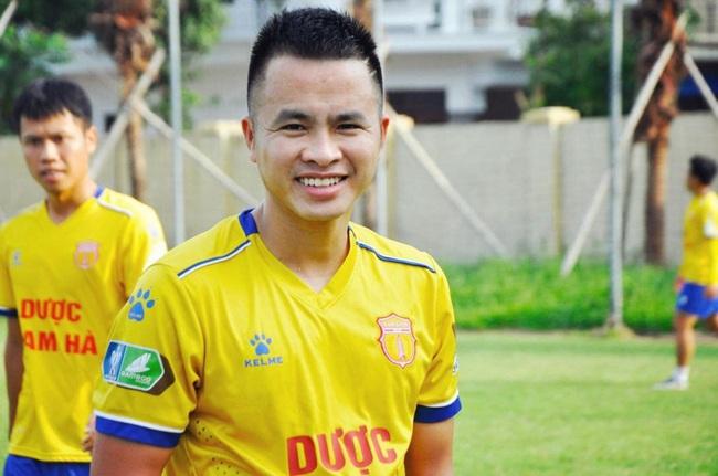"""Sau """"họng pháo"""" SLNA, TP.HCM chiêu mộ thành công nhạc trưởng Nam Định - Ảnh 2."""