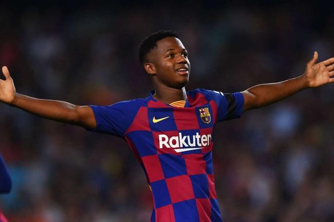 Barca chấm dứt sự nhòm ngó với Fati.