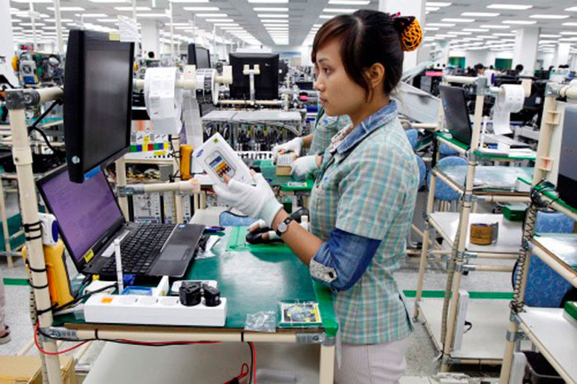 TS. Võ Trí Thành: Covid-19, căng thẳng Mỹ - Trung gây khó khăn nhưng tạo vận hội mới cho doanh nghiệp Việt - Ảnh 2.