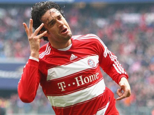 """Top 5 """"gã du mục"""" của bóng đá thế giới: Ai là số 1? - Ảnh 4."""