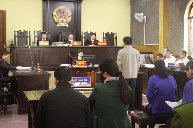 Phúc thẩm vụ gian lận điểm thi ở Sơn La: Bị cáo Khoa đề nghị hủy bản án sơ thẩm để điều tra lại - Ảnh 3.