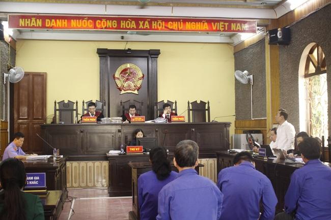 Phúc thẩm vụ gian lận điểm thi ở Sơn La: Bị cáo Khoa đề nghị hủy bản án sơ thẩm để điều tra lại - Ảnh 1.