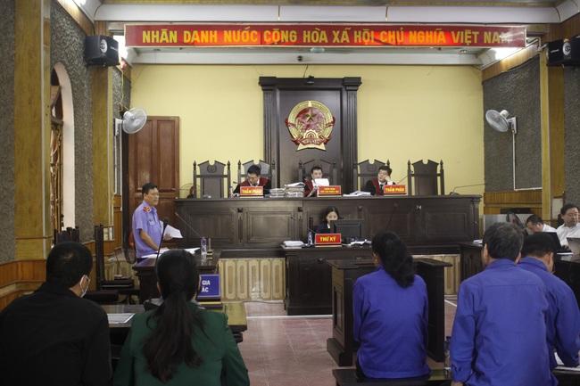Phúc thẩm vụ gian lận điểm thi ở Sơn La: Bị cáo Khoa đề nghị hủy bản án sơ thẩm để điều tra lại - Ảnh 2.