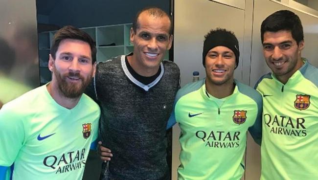 Rivaldo có mối quan hệ tốt với Messi.