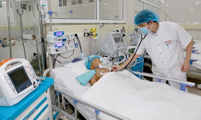 Bệnh viện T.Ư Huế nhận giải thưởng danh giá về cấp cứu, điều trị đột quỵ  - Ảnh 2.