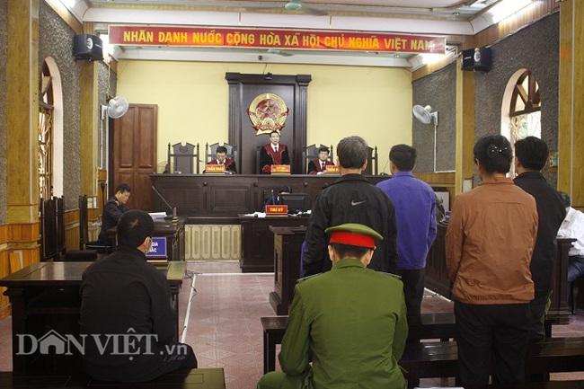 Tuyên y án 4 bị cáo trong vụ gian lận điểm thi ở Sơn La - Ảnh 2.