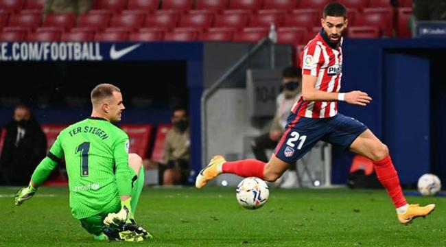 Barca gục ngã trước Atletico Madrid,HLV Koeman bào chữa thế nào? - Ảnh 1.