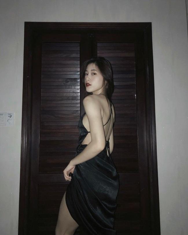 Hoa khôi bóng chuyền Đặng Thu Huyền khoe lưng trần và vòng 1 lấp ló - Ảnh 6.