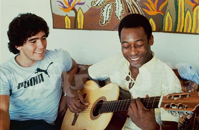 Maradona và Pele có mối quan hệ thân thiết.